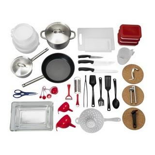 Mondomancino arnesi da cucina per mancini mondo mancino for Kit utensili da cucina